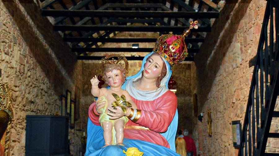 virgen monserrat2